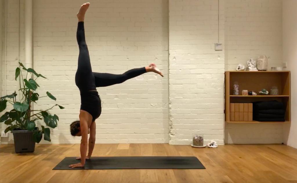 Yoga Evolve - Practice Play