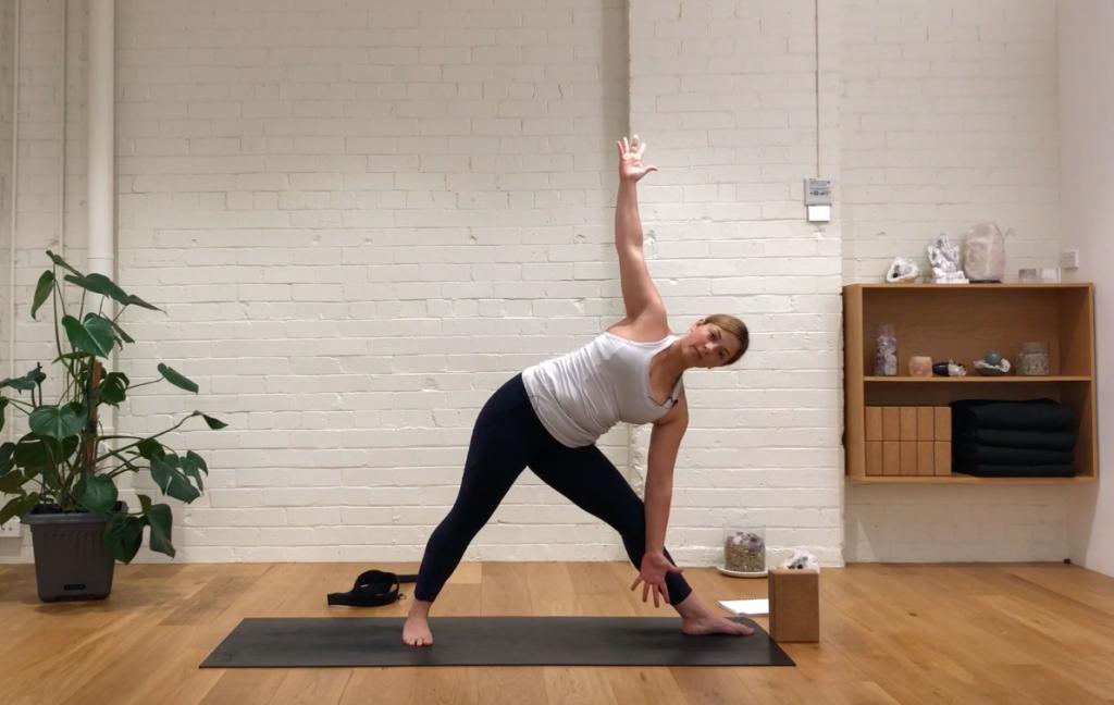 Yoga Refine - Happy Hips