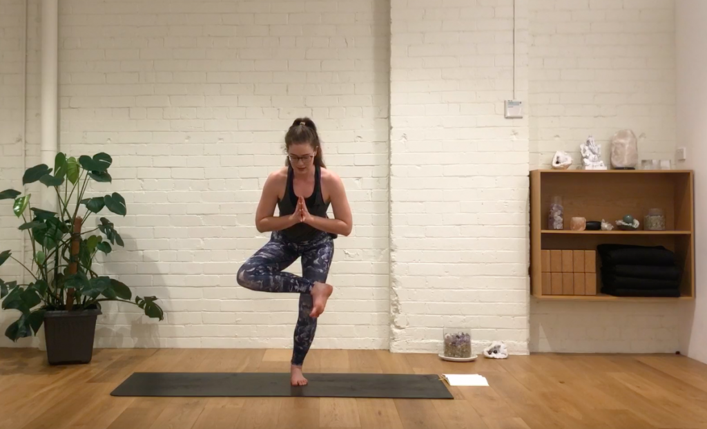 Yoga Evolve - Figure Four Flow