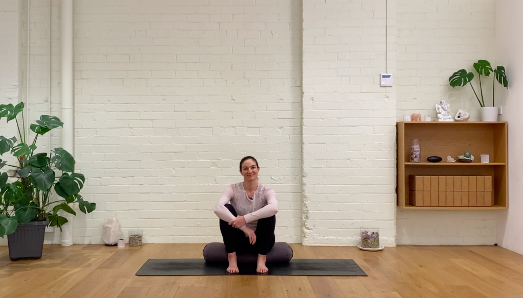 Move & Meditate - Downward Flow of Movement