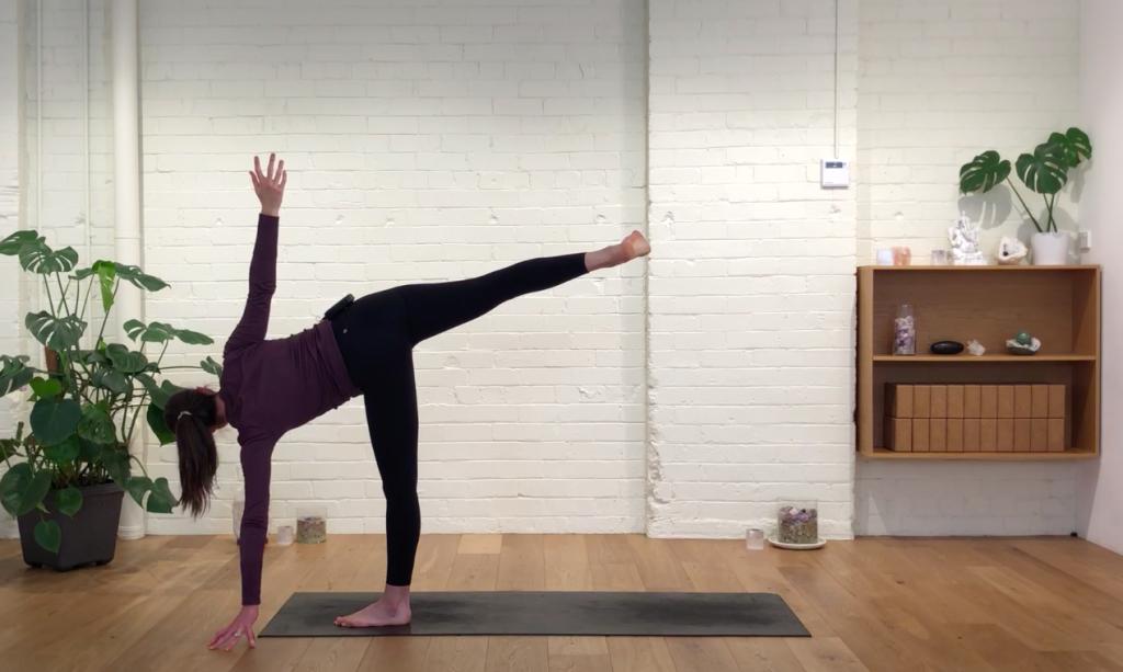 Yoga Evolve - Flow to Grow