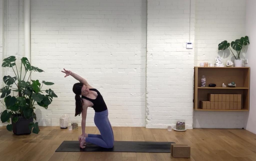 Yoga Evolve - Body Language